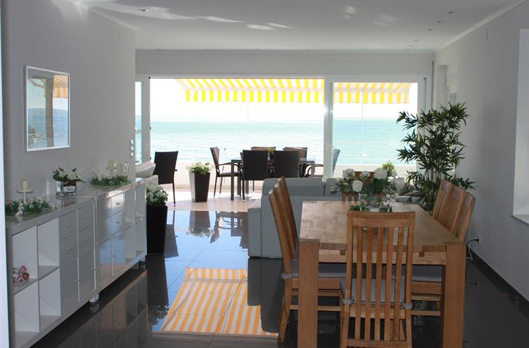 Dining room with seaviews