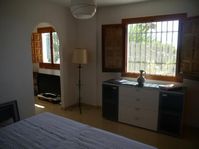 Bedroom (king-size)