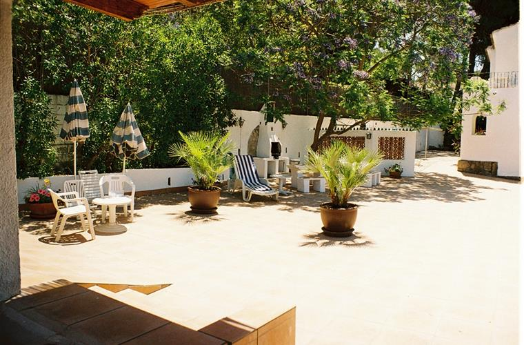 Holiday apartment for rent in j vea adsubia suburb for Outdoor furniture javea