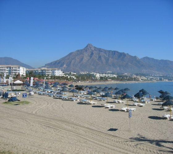Beach of Puerto Banus facade