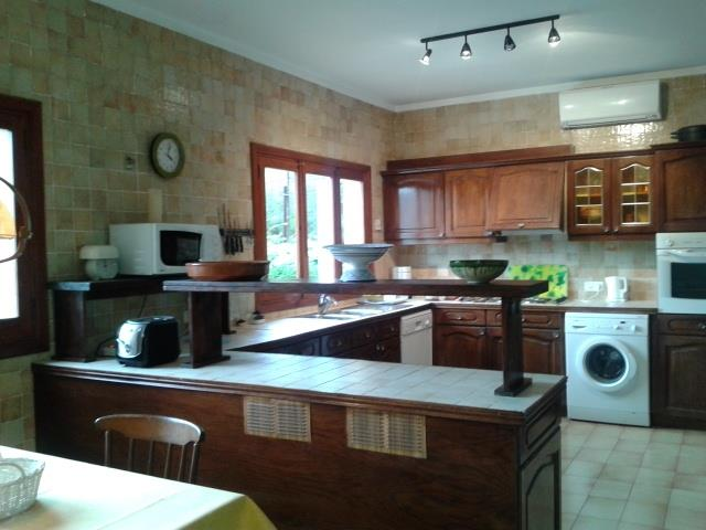 big equiped kitchen