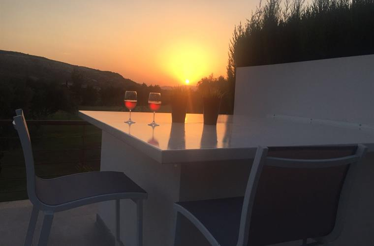 Enyou your appetiser watching the sunset!