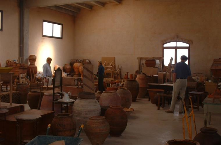 Old Pottery in the famous shop of Ferran Segarra