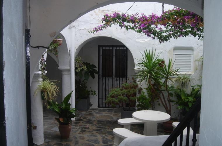 courtyard/patio