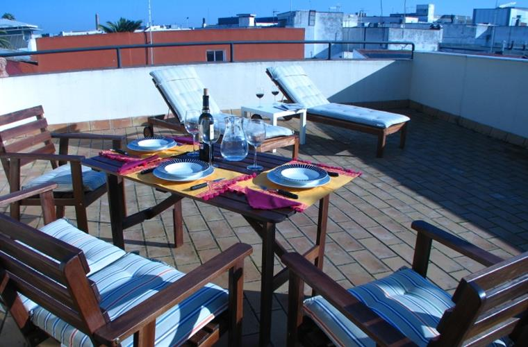 jerez de la frontera big and beautiful singles Big apartment jerez wifi & parking  the apartment was very beautiful and in a good location,  explore other options in and around jerez de la frontera.