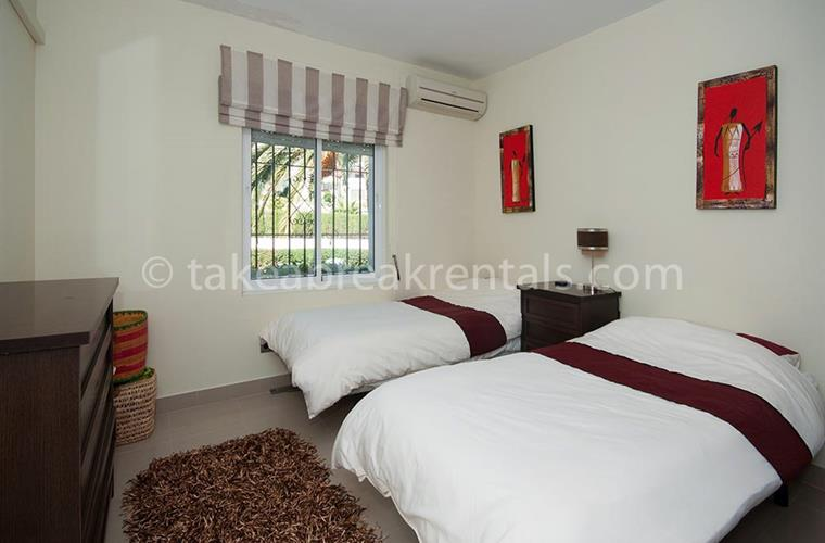 Bedroom Andalucia Garden Club apartment to rent
