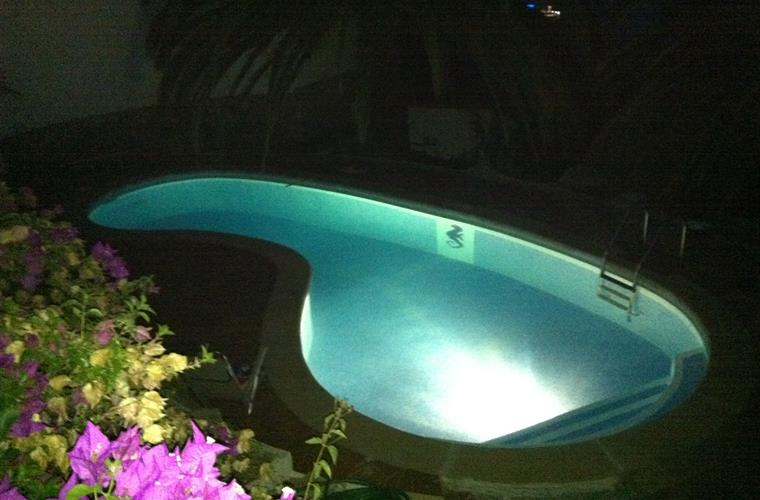 The illuminated pool