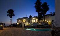 Villa Vistasmar by night
