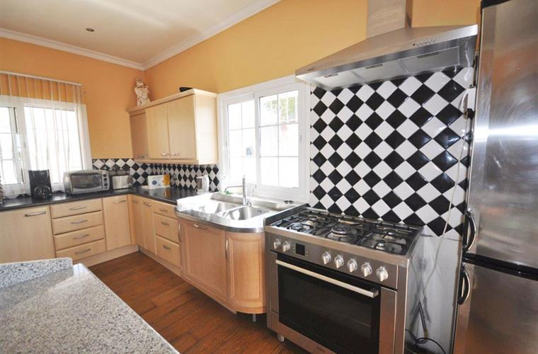 Kitchen fully equipped with all crockery, cutlery and utensils
