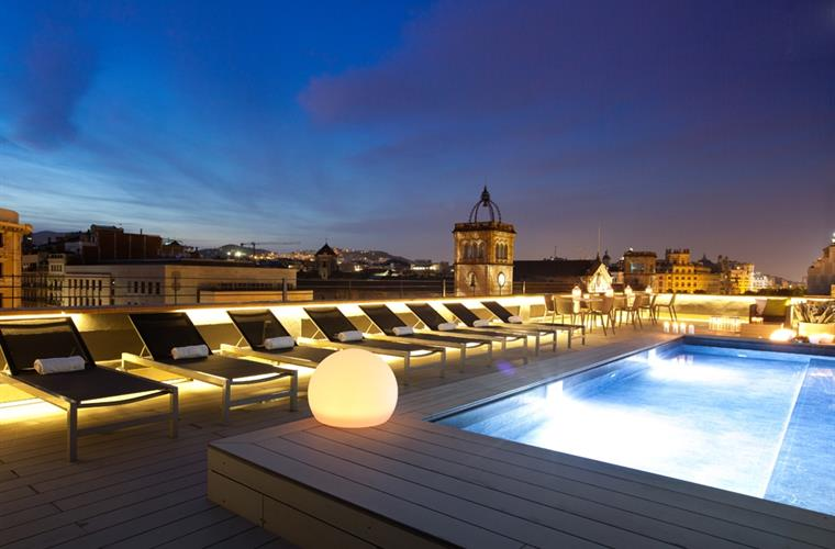 Spectacular Communal Terrace and Pool Night Views