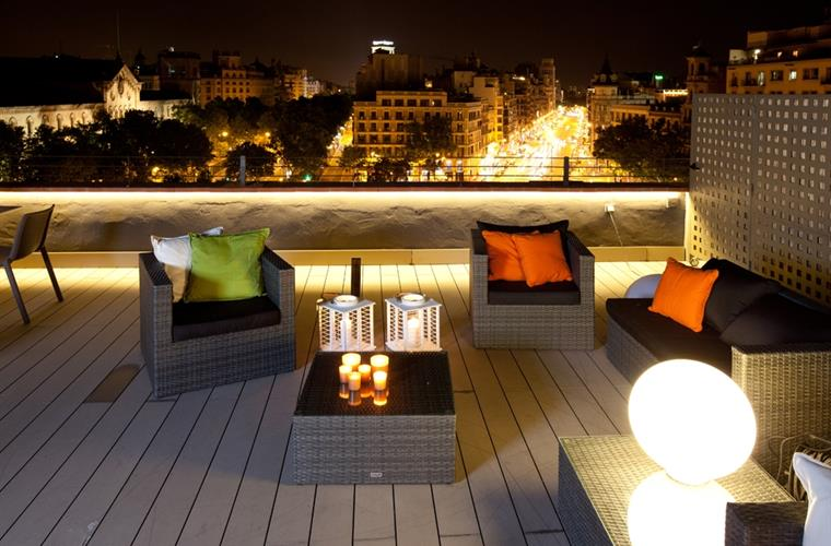 Communal Terrace and Chill Out Zone Night Views