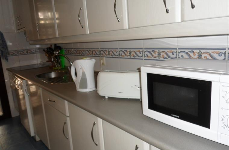 Fully equipped Kitchen including dish washer and washing machine