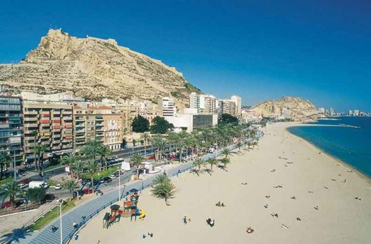 Visit the city of Alicante