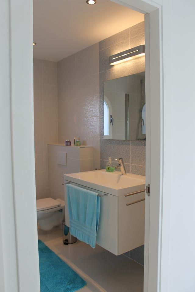 Bathroom ground floor