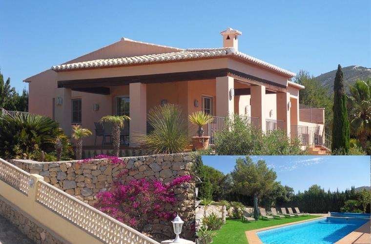 Stunning New Villa with lots of outside space and sea views.