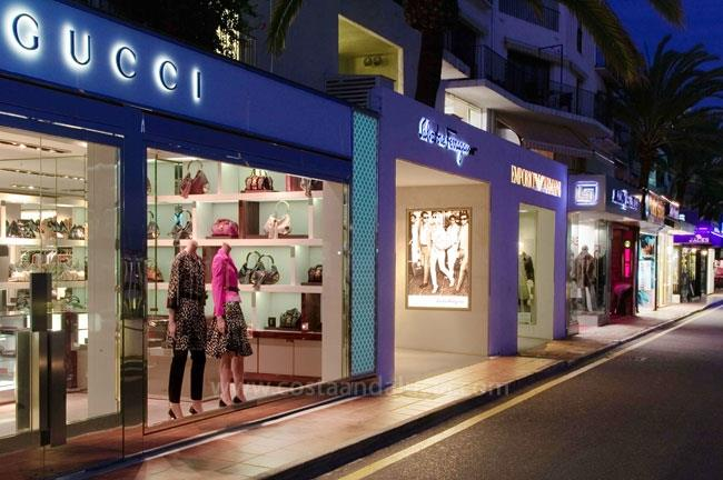 Shopping in Puerto Banus - Marbella