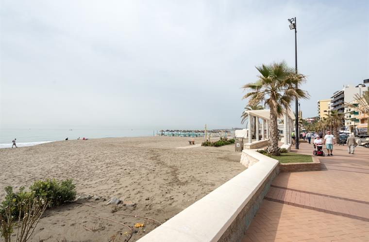 The beach promenade is 7 km long with restaurants and sunbeds.
