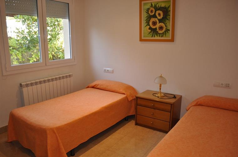 Room with two single beds on ground floow
