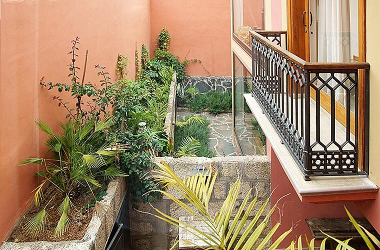 Balcony in private courtyard
