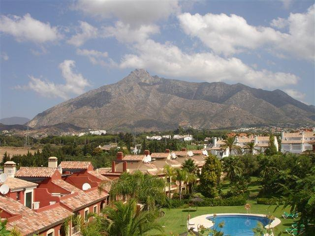fantastic view on the Marbella mountains, yet 500m from the beach