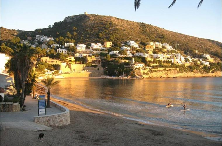 the beach at El Portet