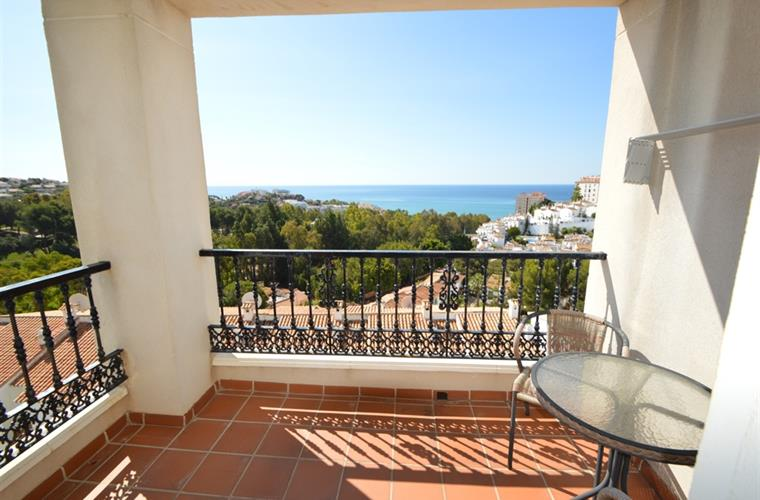 Balcony 1st floor with sea view (attached to masterbedroom)