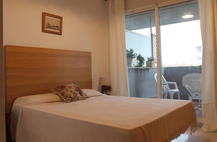 Double room with direct acces to the terrace