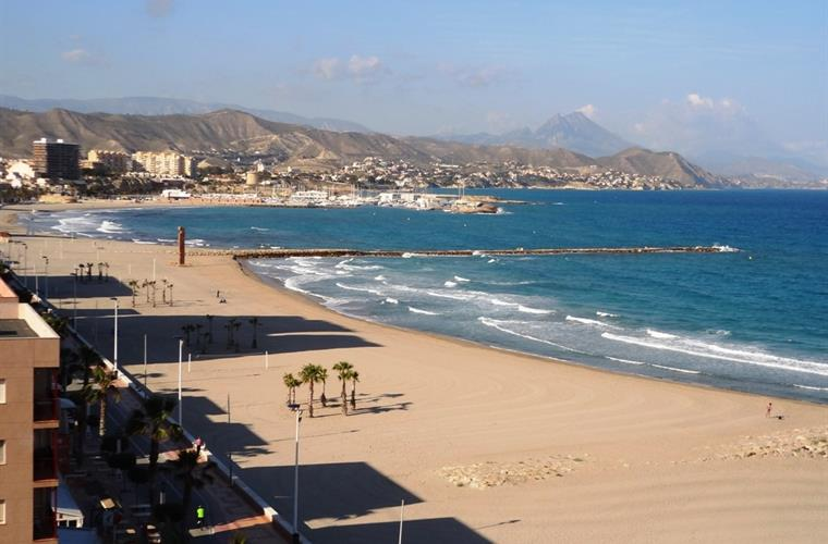 Stunning beaches of El Campello