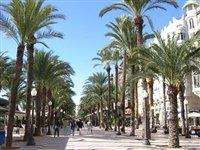 The wonderful promenade at Alicante