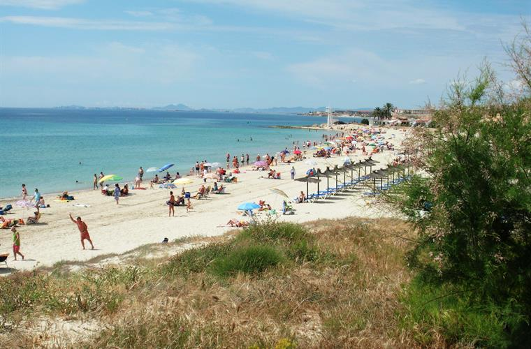 Beach of Campoamor 3,5 km