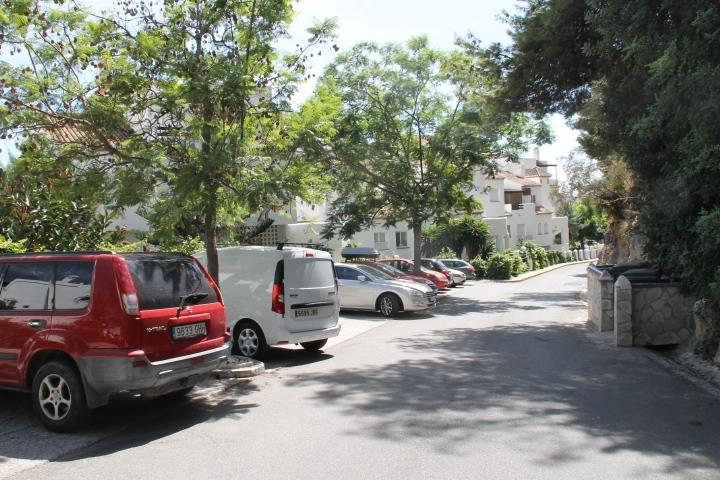 The parking place in front of the aprtment