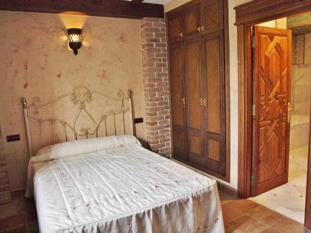 Villa nº3 (Ref AHRVi103.3): double bedroom with private bath