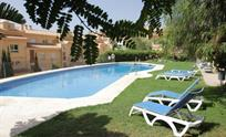 Lovely pool, an apartment for a perfect holiday