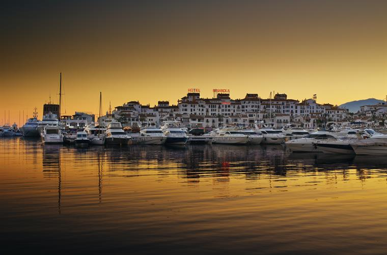 Puerto Banus Night time