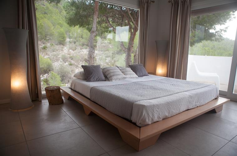 Bedroom with forest sea view
