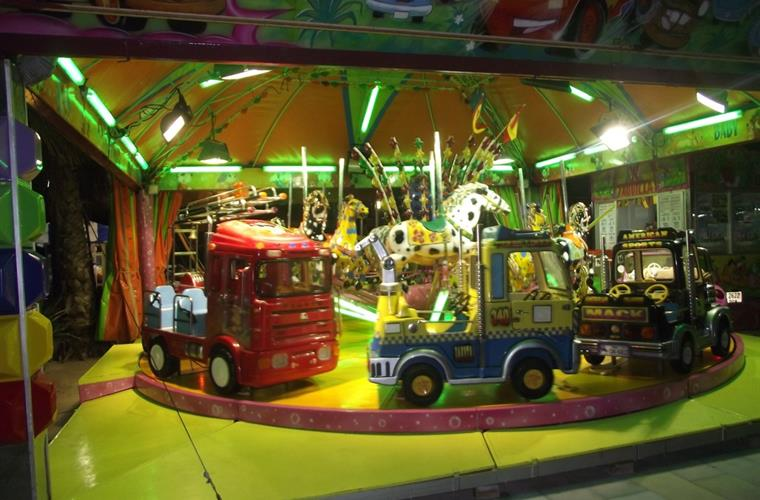 SUMMER DAILY FUNFAIR