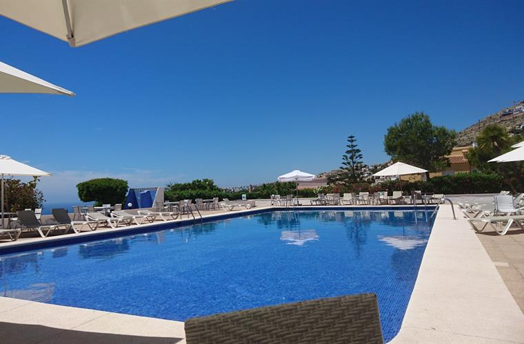 Pool from the restaurant 200 meter from your villa