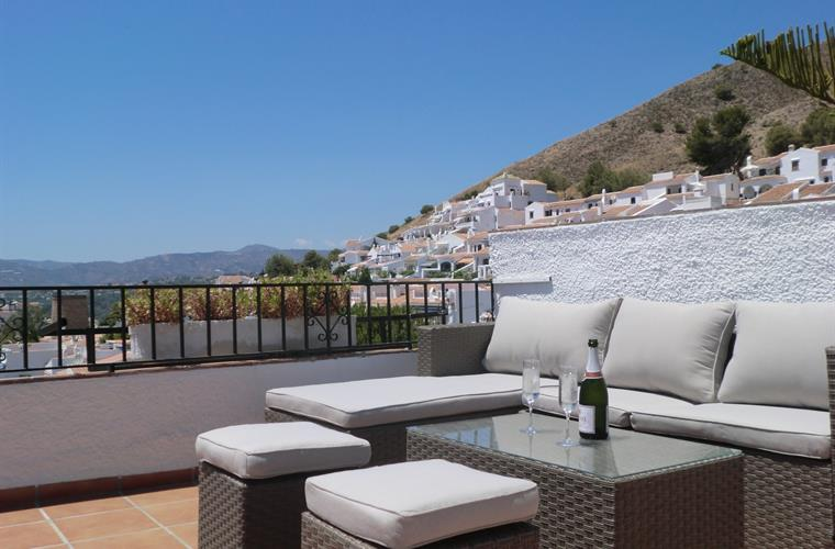 Chill, read, siesta or sip wine on the roof terrace