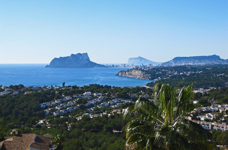 Stunning view from your terrace of the natural park Penon de Ifech