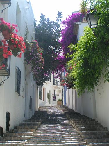 Altea old quarter is full of character.....