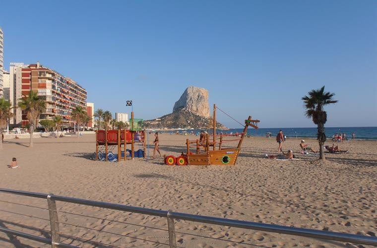 The Calpe beach.
