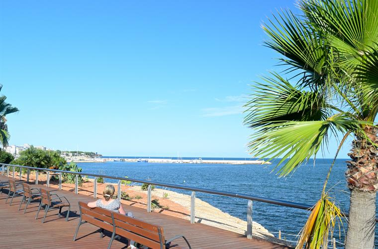 Martime boardwalk in L'Ampolla