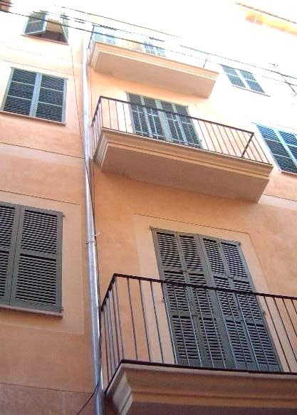 Front of Palma apartment in historic street