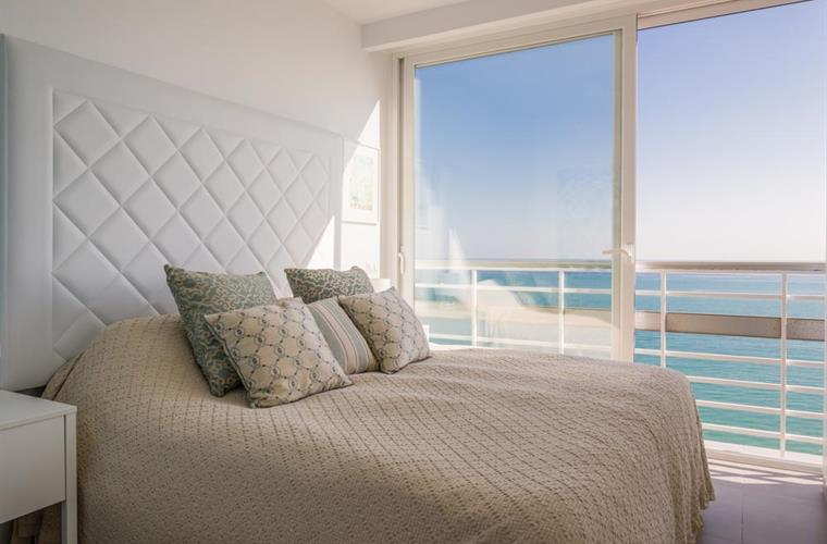 Bedroom with sliding windows, seaview, ceiling ventilator, wardrob