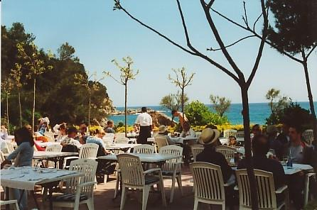 Restaurant at Cala Canllyes 1 minute by car