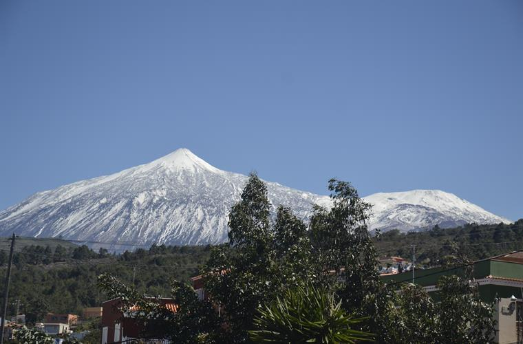 Mount Teide in winterclothes