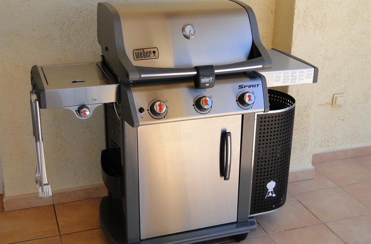 New for 2016 - 3 burner Weber gas BBQ