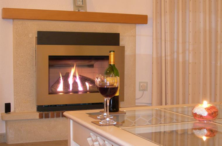 Contemporary gas for cosy winter evenings