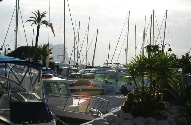 Moraira - an upmarket, charming town with Marina