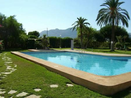 15m Pool and Gardens from side